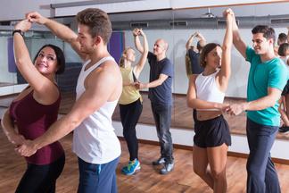 Где в Минске первое занятие танцами бесплатно или с хорошей скидкой