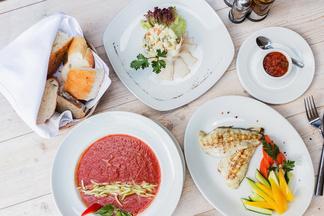 Обед в городе: чем можно подкрепиться в полуденное время в баре «Туманы»