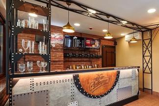 «Аливария» открыла первый магазин при пивоварне. Смотрите, как он выглядит