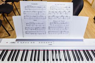 В музыкальной школе «Форте» вас научат петь даже если у вас нет «слуха и голоса»