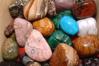 Салон «Марсель» предлагает Spa для лица охлажденными полудрагоценными камнями