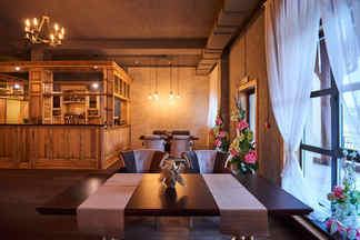 Сытные обеды и прогулки на лошадях: в Ратомке открылся новый ресторан Husaria
