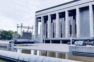 На Октябрьской площади 30 мая открывается автокинотеатр