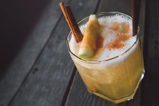 «Староместный пивовар» представил новый сорт крафтового пива и обновил линейку пивных коктейлей