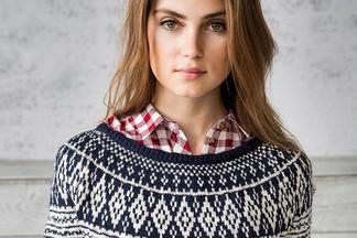 40  женских и мужских свитеров от 250  000 до 6  500  000  рублей