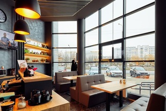Фотофакт: Кафе BarBoss открылось в бизнес-центре на Козлова, 25