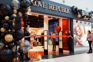 В Green City открылся магазин одежды Love Republic