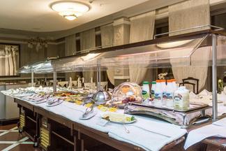 Шведские столы столичных гостиниц: «Европа»