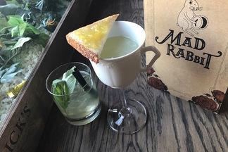 Mad Rabbit Bar: зачем на Зыбицкой бар, который работает с 11 утра
