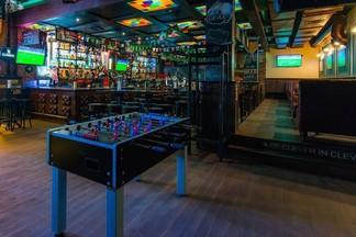 Поели — можно и сыграть. 9 кафе и баров, где точно есть активные игры
