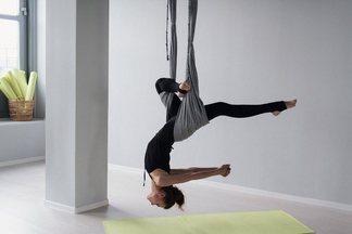 На Зыбицкой открылась студия йоги и стретчинга в гамаках Bee Happy Studio