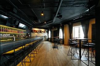 Обзор нового бара Макса Старцева «4-4-2» на Зыбицкой, который откроется уже в  субботу
