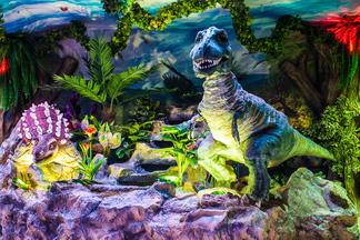 Развлекательный центр «Динозаврия» объявляет счастливые часы
