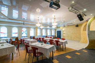 Новое место: кафе «Винтаж» с шоу-программой и дискотеками до утра