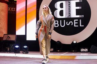 В ресторане-пивоварне «Друзья» презентовали новый белорусский бренд одежды Elena Busel Brand