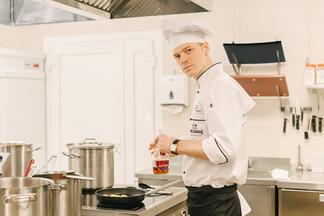 «Что объединяет кухню и искусство? Желание творить!» Шеф-повар ресторана «Заслонаў» раскрывает секреты авторской кухни