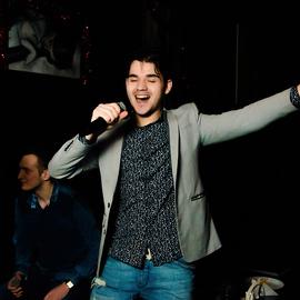 Weekend в Karaoke