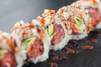 В Минске появилась еще одна доставка суши Sushiroom