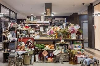 Букеты за 5 рублей и бесплатная доставка: новый уникальный бутик с цветами открылся в центре столицы