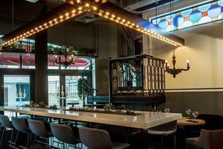 Новое место: совсем другой бар «Пересмешник» от создателей популярного «Винного шкафа»