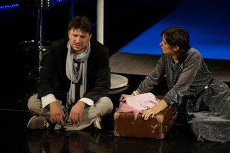 В Минске покажут спектакль «Вокзал на троих» с Виктором Логиновым