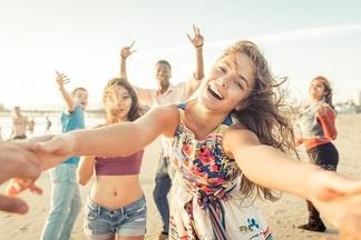 В мае на берегу Минского моря пройдет вечеринка с DJ-сетами, модными показами и катанием на яхтах