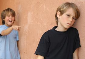 Что делать, если ребенка обижают в школе?