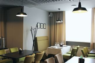 Семейное кафе «Конференция» появилось в спальном районе Грушевки