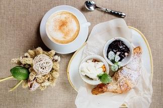 Завтрак в городе: чем можно взбодриться в кафе «Черпак» с «маминой» кухней