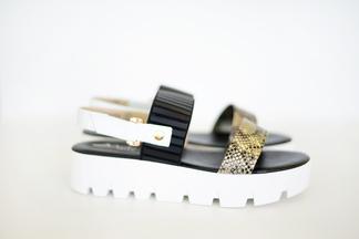 Мust have: 10 пар трендовой летней обуви 2017-го, которые можно купить в Marko