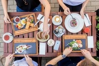Завтрак в городе: новое меню в кафе ENZO