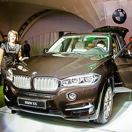 EVENT HALL: NEW BMW Х5
