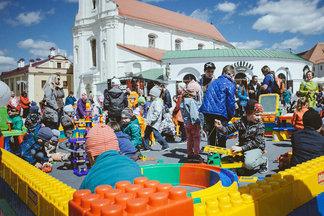 В Верхнем городе по выходным хотят сделать бесплатную детскую площадку