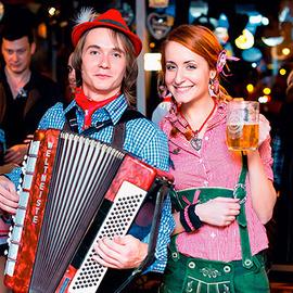 Открытие пивного фестиваля Oktoberfest в BierKeller