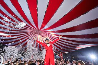 Жара в «Пекине», Queen, 40-метровый шатер: как белорусские IT-шники отмечают новогодние корпоративы?