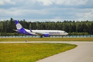 Фотофакт: Belavia представила новую ливрею самолета Boeing 737-800