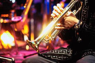 В июне у Минской ратуши пройдут юбилейные джазовые вечера: выступят музыканты из 7 стран. Вход свободный!