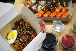 Тестируем доставку: лапша и роллы от Йо!Суши