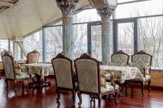 Такого в Минске еще не было: на берегу водохранилища «Дрозды» открылся шикарный ресторан кавказской кухни «Урарту»