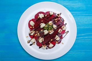 Три шеф-повара придумали новые белорусские блюда. Попробовать их можно будет на масленичных гуляниях