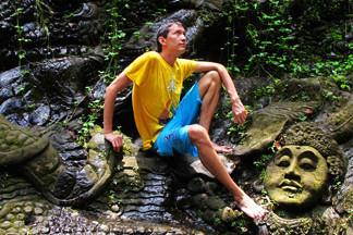 Зачекиниться в 90 странах: путешественник Антон Славин  — о селфи-палке и  туристических лайфхаках