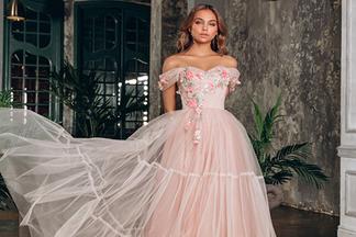 Где заказать одинаковые платья для подружек невесты? Обзор актуальных моделей с ценами