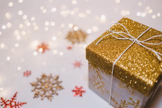 Книги, 3D-конструктор иголоволомки. 20 умных подарков на Новый год