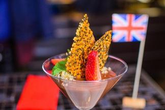 Паштет с мармеладом и соленое мороженое: чем удивят английские недели в минском Cafe Netto