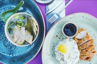 Обед в городе: что предлагают на бизнес-ланч в паназиатском кафе «Балкон»