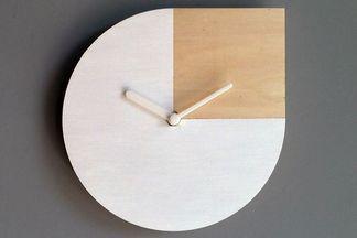 Сколько стоят и как выглядят часы из лимитированной коллекции «Луча», которые выпустили ко дню города