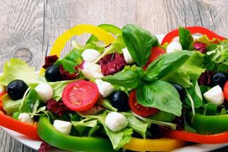 Рецепты легких летних салатов