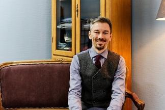 Дизайнер Дмитрий Заболотный о том, почему мужчина должен всегда ходить в костюме иникогда — в майке безрукавов