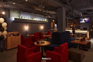 На Франциска Скорины, 2 открылся лаунж-бар Black Lion с завтраками и обеденным меню