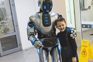 Планета роборазвлечений «Мир будущего»: фантастическое приключение для всей семьи